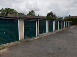 Garages to rent ideal car or storage 1 month rent free near Gaydon Southam Warwick  Leamington