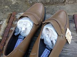 Men's beige shoes