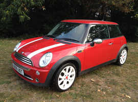 MINI ONE 2006 MOT 11 MONTHS ALLOY WHEELS AIR CON CD PLAYER CHEAP CAR NICE LITTLE CAR