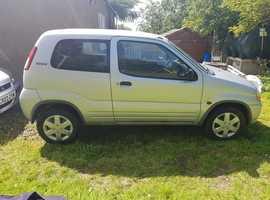Suzuki Ignis, 2004 (54) Silver Hatchback, Manual Petrol, 73,698 miles