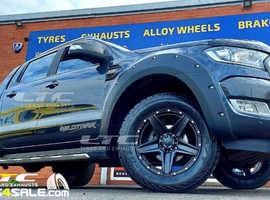 "Tomahawk Apache 18"" Gloss Black Wheels and All terrain Tyres"