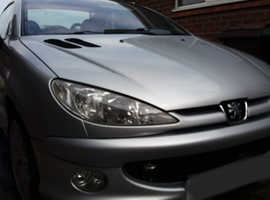 Peugeot 206, 2004 (04) Silver Coupe, Manual Petrol, 96,500 miles