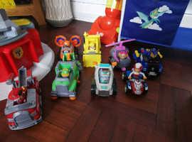 Paw patrol tower, figures & vehicles