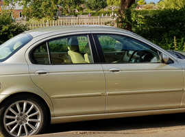 Jaguar X-TYPE, 2006 (06) Gold Saloon, Manual Diesel, 140,000 miles