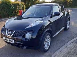Nissan Juke, 2010 (60) Black Hatchback, Manual Petrol, 102,000 miles