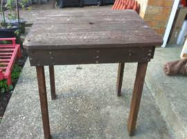 Handmade pallet wood table