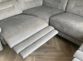 Professional Carpet & Upholstery Cleaner