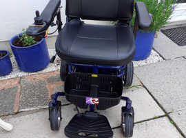 Stay mobile wherever you are with the smart Roma Reno powerchair