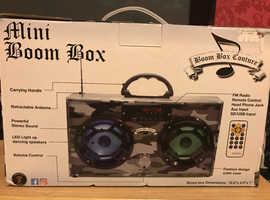MINI BOOM BOX