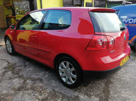 Volkswagen Golf, 2006 (06) Red Hatchback, Manual Petrol, 61,000 miles