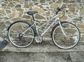 Lady's Aluminium Hybrid Cycle