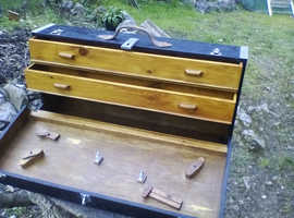 Carpenter's or craftsman's wooden tool case