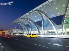 Taxi from London airport to London city airport