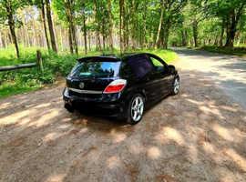 Vauxhall Astra, 2006 (06) Black Hatchback, Manual Diesel, 18,100 miles