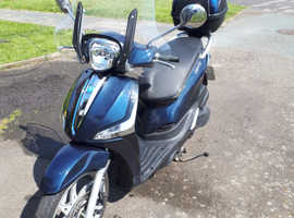 Low mileage, excellent condition Scooter, 50cc.