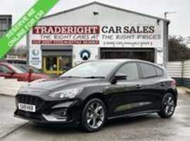 2019/19 Ford Focus 1.0 ST-Line Nav finished in Shadow Black Metallic 11817 miles