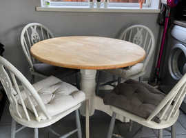 Shabby Chic Round Table And 4 Chairs