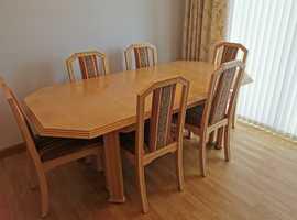Lime oak diningromm furniture.