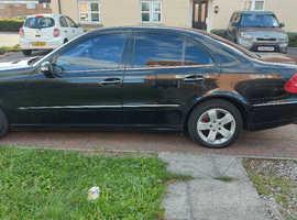 Mercedes E Class, 2003 (03) Black Saloon, Automatic Diesel, 207,000 miles