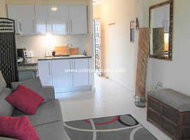 Costa Blanca Furnished Beachside Studio Apartment 50m From Sea - Mil Palmeras - OFFERS INVITED