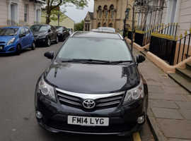 Toyota Avensis, 2014 (14) Black Estate, Manual Diesel, 52,603 miles