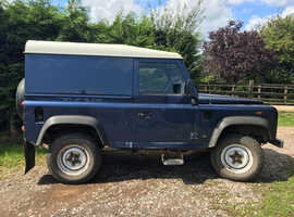 Land Rover Defender, 2005 (05) Blue 4x4, Manual Diesel, 125,500 miles