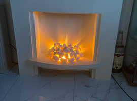 Electric feature fireplace suite - stunning dancing flame effect