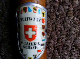 BARGAIN SCHWEIZ SVIZZERA SUISSE Pickaxe Handled Walking Cane with Squirrel & Flower on handle £30 ONO