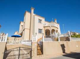 El Galan, Villamartin, Costa Blanca, South Facing Furnished 3 bed Zodiaco Style Quad House with Private Rooftop Solarium