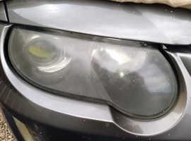 Professional headlight restoration services