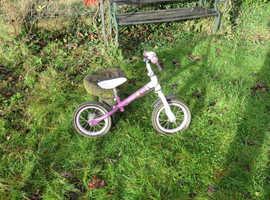 Used AVIGO Balancing bike, for early learning to ride a bike. 3 years+