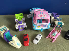 Lovely Little Collection of Animal Hospital Vehicle's + 3 Cars