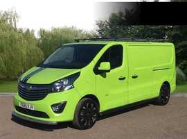 Stand out from the crowd Vauxhall Vivaro 1.6CDTI Sportive ecoFLEX