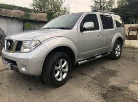 Nissan Pathfinder, 2009 (59) silver mpv, Manual Diesel, 90000 miles