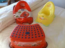 2 Kiddie's toilet training sets £7.50 each