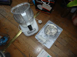 Kitchenaid  Classic Food Processor - White, Model number 5KFPM770EWH1.