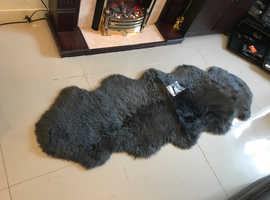 100% double sheepskin graphite rug - immaculate