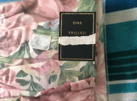 2 pillowcases. New still in pack Hamilton Mcbride design