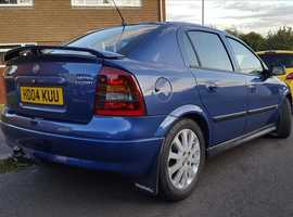 Vauxhall Astra, 2004 (04) Blue Hatchback, Manual Diesel, 102,000 miles