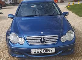 Mercedes C CLASS, 2006 (06) blue coupe, Semi auto Diesel, 159631 miles