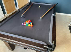 Bespoke pool table