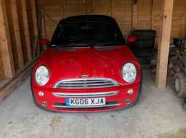 Mini MINI, 2006 (06) Red Convertible, Manual Petrol, 77,000 miles