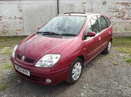 Renault Megane, 2002 (02) Red MPV, Manual Petrol, 126,000 miles