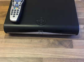 SKY+HD Box + Remote - Model DRX890W