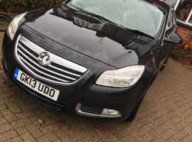 Vauxhall Insignia, 2013 (13) Black Hatchback, Manual Diesel, 81,672 miles