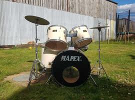 Mapex 7 drum kit