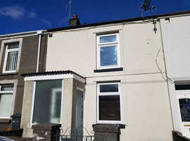 FOR SALE 2 bedroom house (CHAIN FREE)