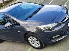 Vauxhall Astra, 2015 (15) Grey Estate, Manual Diesel, 72,000 miles