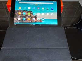 Amazon Fire HD10 Tablet Plum 64gb 9th Gen 10.1 inch. (used twice)