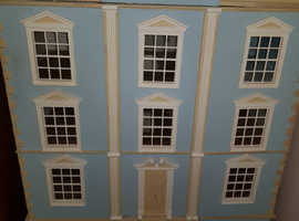 dolls house montgonery hall with basement